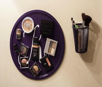 Cookie sheet magnetic makeup board Smart-Upgrade Repurposing Ideas Of Your Old Baking Pan