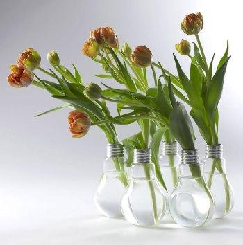 Diy simple light bulb vase