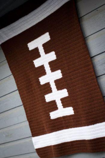 Diy football blanket crochet