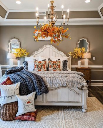 Gorgeous home decor with mustard touches to feel warm during this fall 5