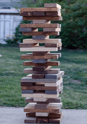 Jumbo jenga DIY Oversized Yard Games To Enjoy The Spare Time
