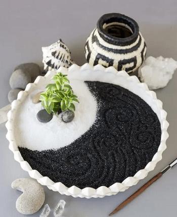 Succulent zen garden DIY Zen Garden In Mini Style To Create For Fresh Desk