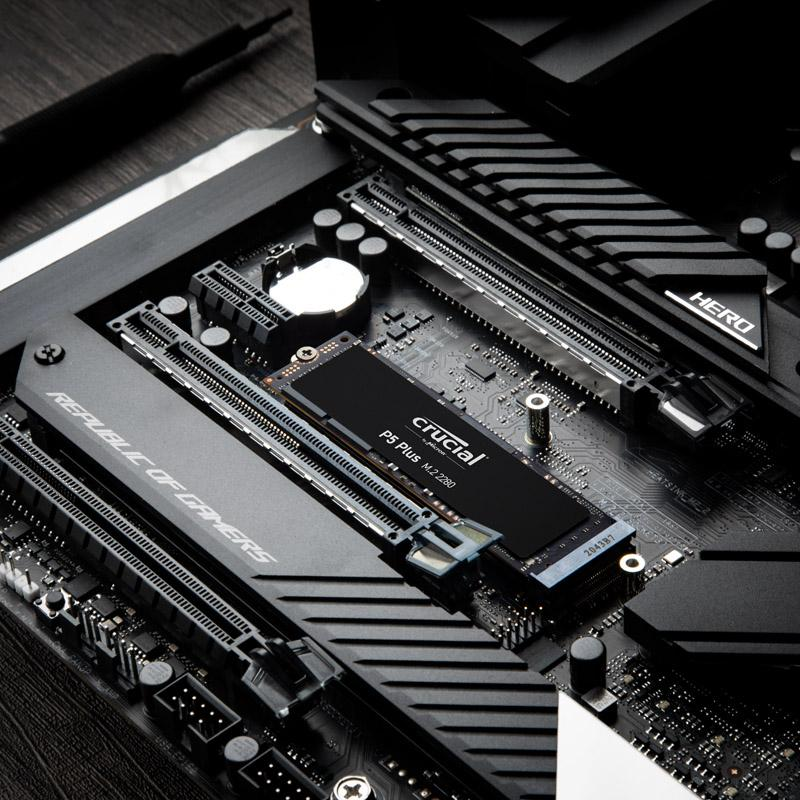 crucial p5 plus ssd motherboard image 01
