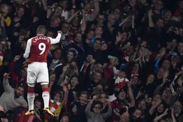 Alexandre Lacazette a marqué son premier doublé pour Arsenal