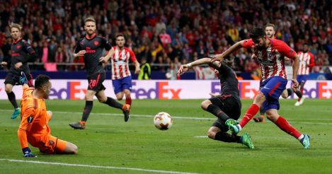 Diego Costa marquant le but qualifiant l'Atletico Madrid en finale d'Europa League