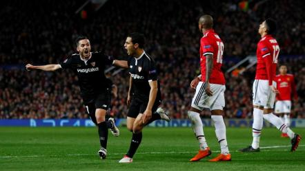 Wissam Ben Yedder célébrant son but contre United à Old Trafford