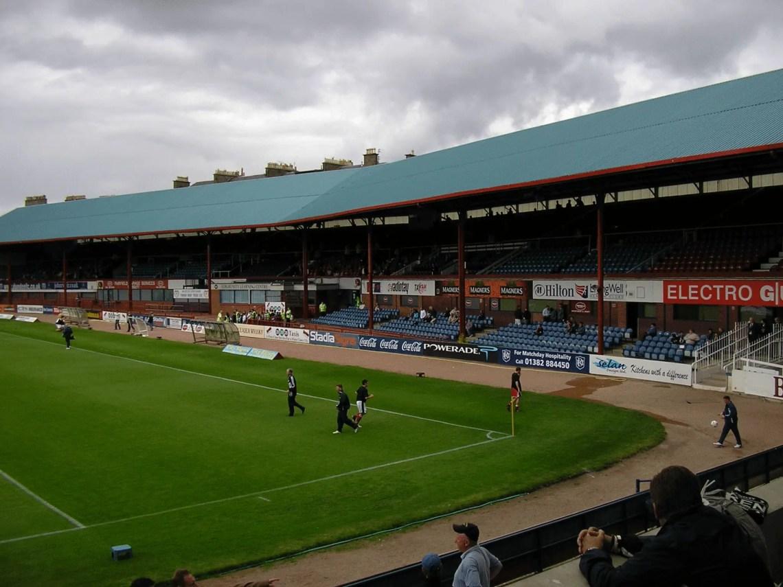 La Main Stand de Dens Park aujourd'hui.
