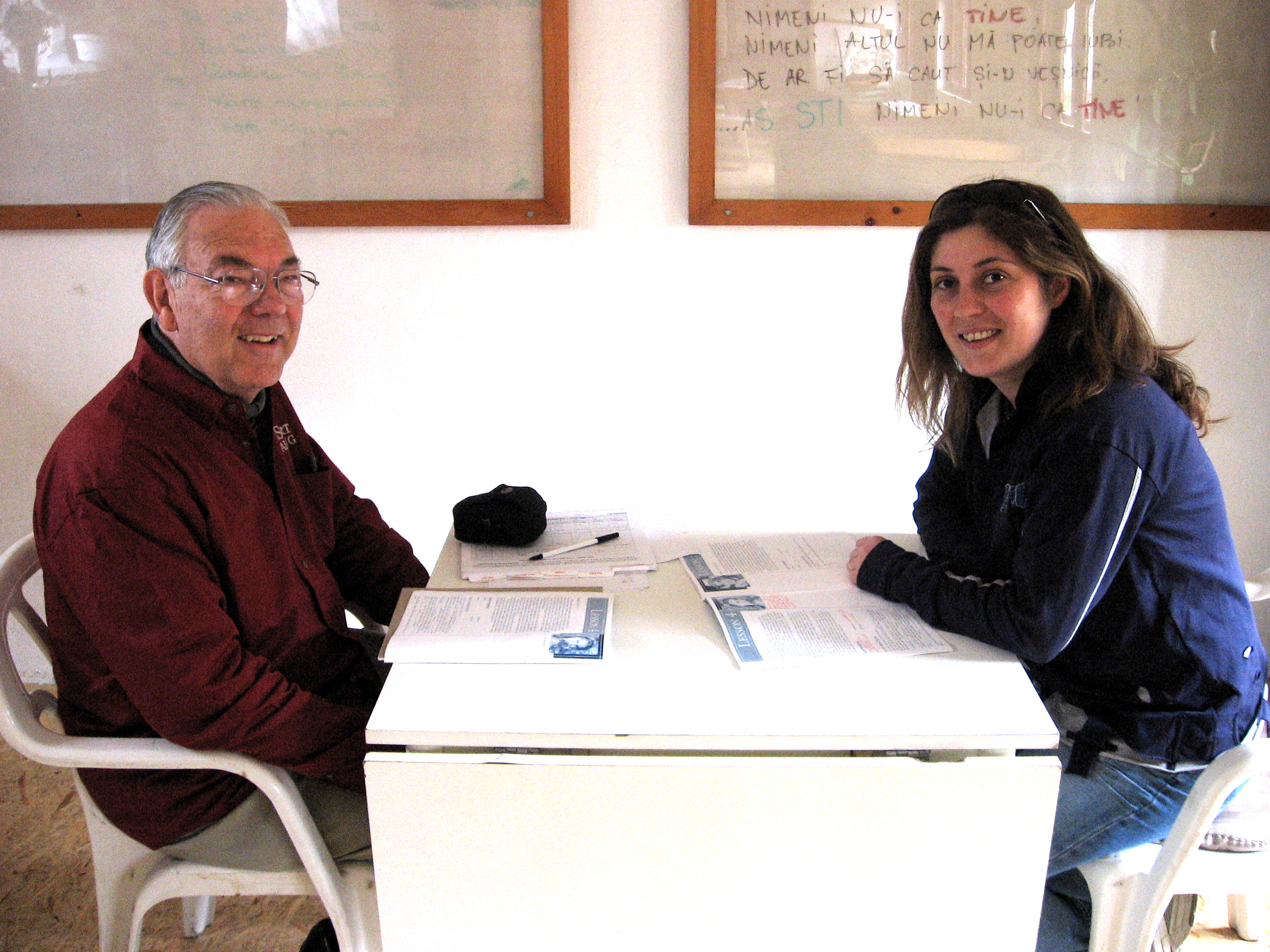 Dan helped Anamaria improve her conversational English!