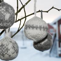 Strikkede julekuler | DIY