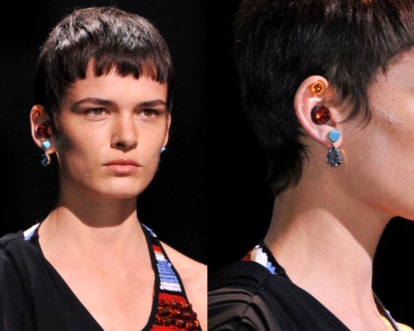 Givenchy2-Las-Joyas-que-crean-Tendencia-para-la-Primavera-Verano2014-godustyle