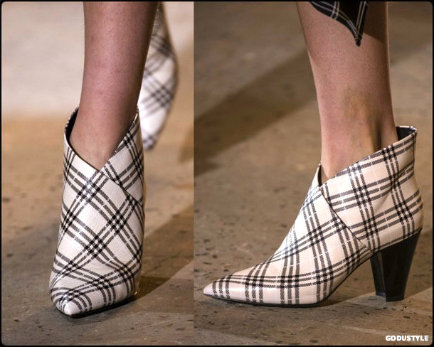 self-portrait-fall-winter-2018-2019-shoes-style-detail-collection-godustyle