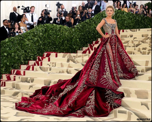 blake lively, met 2018, gala, fashion, celebrity, look, style, details, celebrities, outfits, red carpet