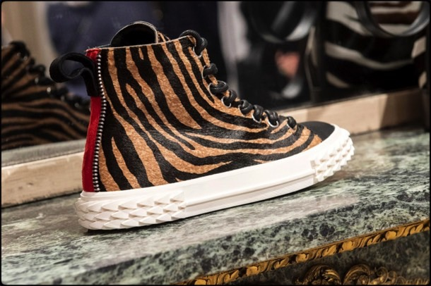 giuseppe zanotti, shoes, boots, sneakers, pumps, fall, 2019, mfw, look, style, details, zapatos, collection