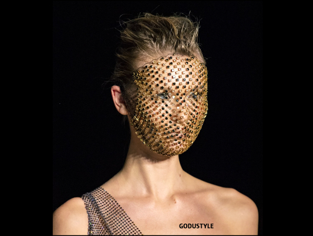 fashion, christian cowan, face mask, mascarilla, covid-19, coronavirus, máscara facial, accessories, trend, 2020, 2021, look, style, details, shopping, moda, accesorios, street style