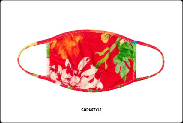 fashion-face-masks-coronavirus-look-street-style-details-shopping3-accessories-2020-moda-godustyle