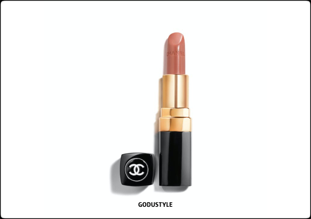 chanel-candeur-et-experience-makeup-fall-winter-2020-2021-beauty-look-style8-details-moda-maquillaje-godustyle