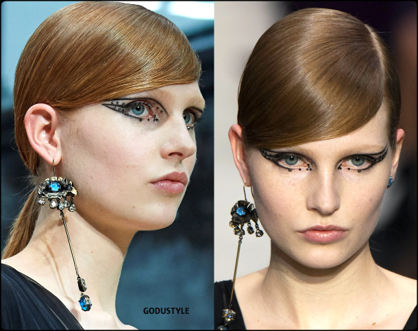 face-jewelry-makeup-trends-valentino-fashion-beauty-look-fall-winter-2020-2021-style-details-moda-maquillaje-godustyle