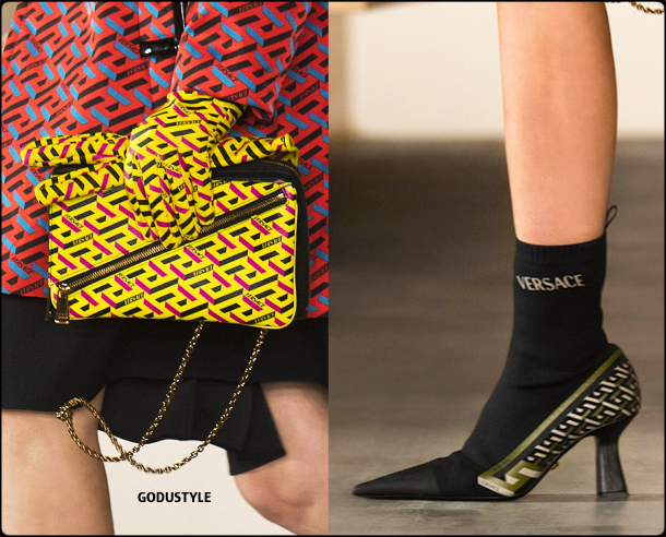 versace-fall-2021-winter-2022-fashion-shoes-bags-look26-style-details-accessories-review-moda-invierno-godustyle