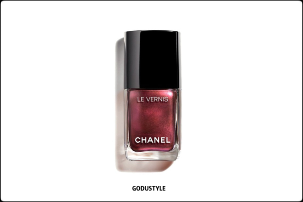 chanel-perles-et-eclats-summer-2021-le-blanc-makeup-look-style15-details-shopping-maquillaje-verano-godustyle