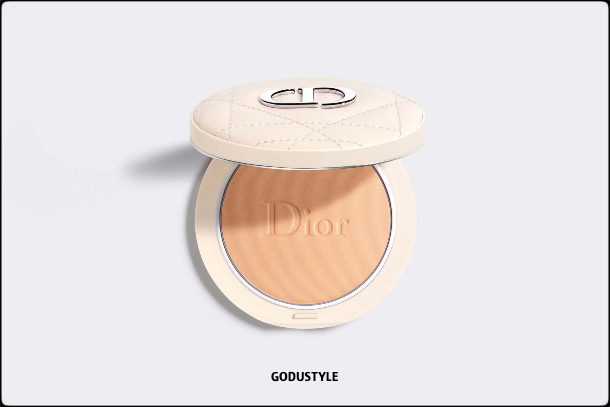 dior-summer-dune-2021-fashion-makeup-collection-beauty-look-style-details-shopping12-maquillaje-belleza-moda-verano-godustyle