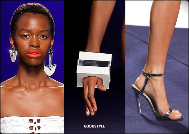 dolores-cortes-spring-summer-2021-fashion-swimwear-beauty-look8-accesssories-style-details-moda-godustyle