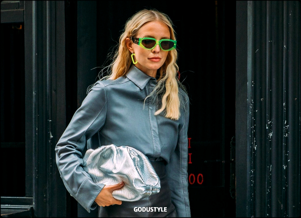 neon-green-color-fashion-accessories-trend-look5-street-style-details-2021-2022-shopping-moda-godustyle