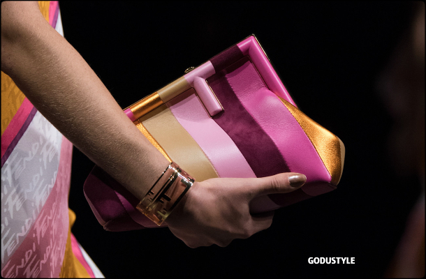 fendi-spring-summer-2022-collection-fashion-accessories-shoes-bag-look-style2-details-moda-godustyle