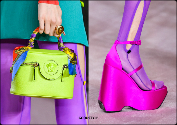 versace-spring-summer-2022-collection-fashion-accessories-shoes-bag-look-style5-details-moda-godustyle
