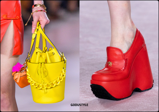 versace-spring-summer-2022-collection-fashion-accessories-shoes-bag-look18-style-details-moda-godustyle
