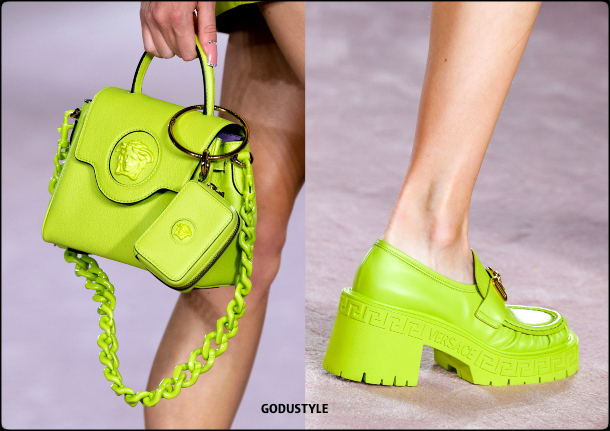 versace-spring-summer-2022-collection-fashion-accessories-shoes-bag-look19-style-details-moda-godustyle
