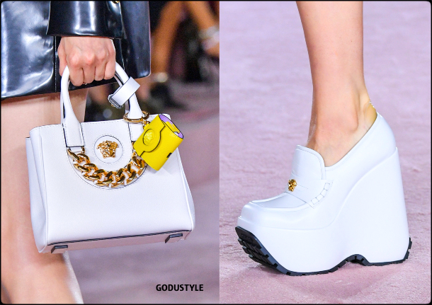 versace-spring-summer-2022-collection-fashion-accessories-shoes-bag-look6-style-details-moda-godustyle
