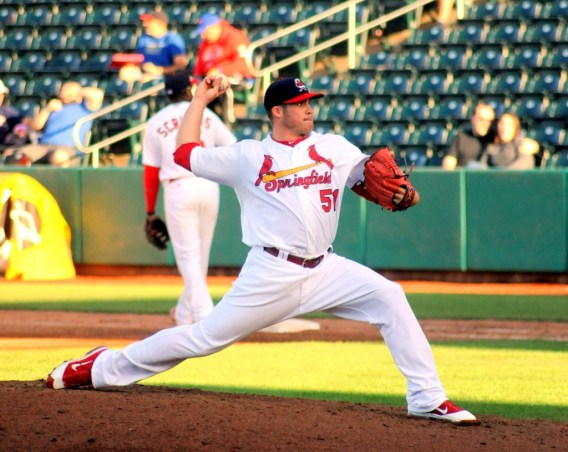 Eric Fornataro pitching for the St Louis Cardinals minor league team