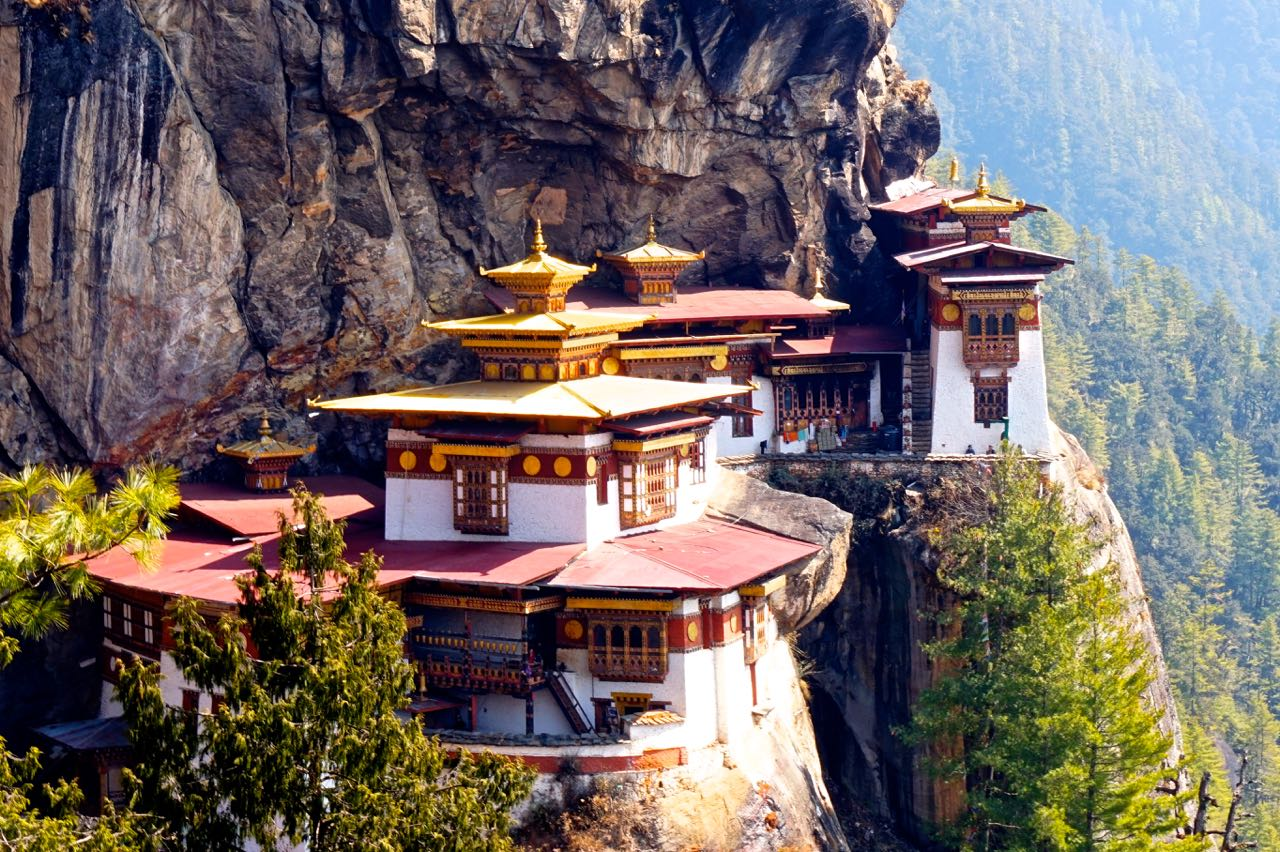tips for visiting the tiger u0027s nest monastery in bhutan u2013 go eat give