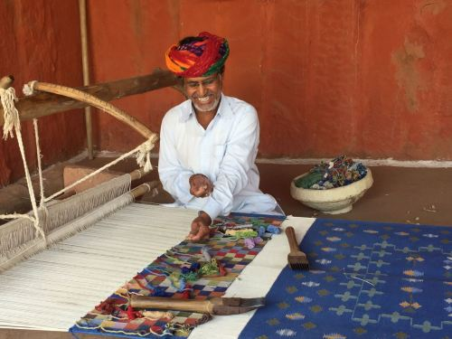 carpet weaver in bishnoi village