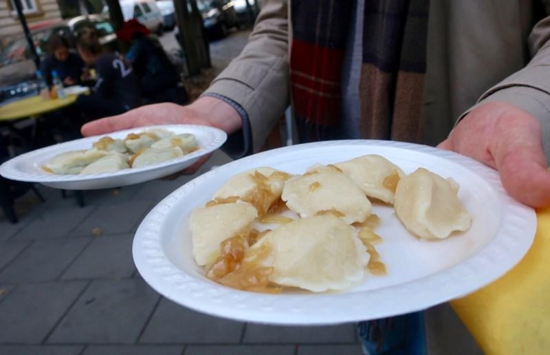 Polsih food tour: traditional pierogi ruskie, pierogi z kapustą i grzybami, pierogi ze szpinakiem, pierogi z sliwkami