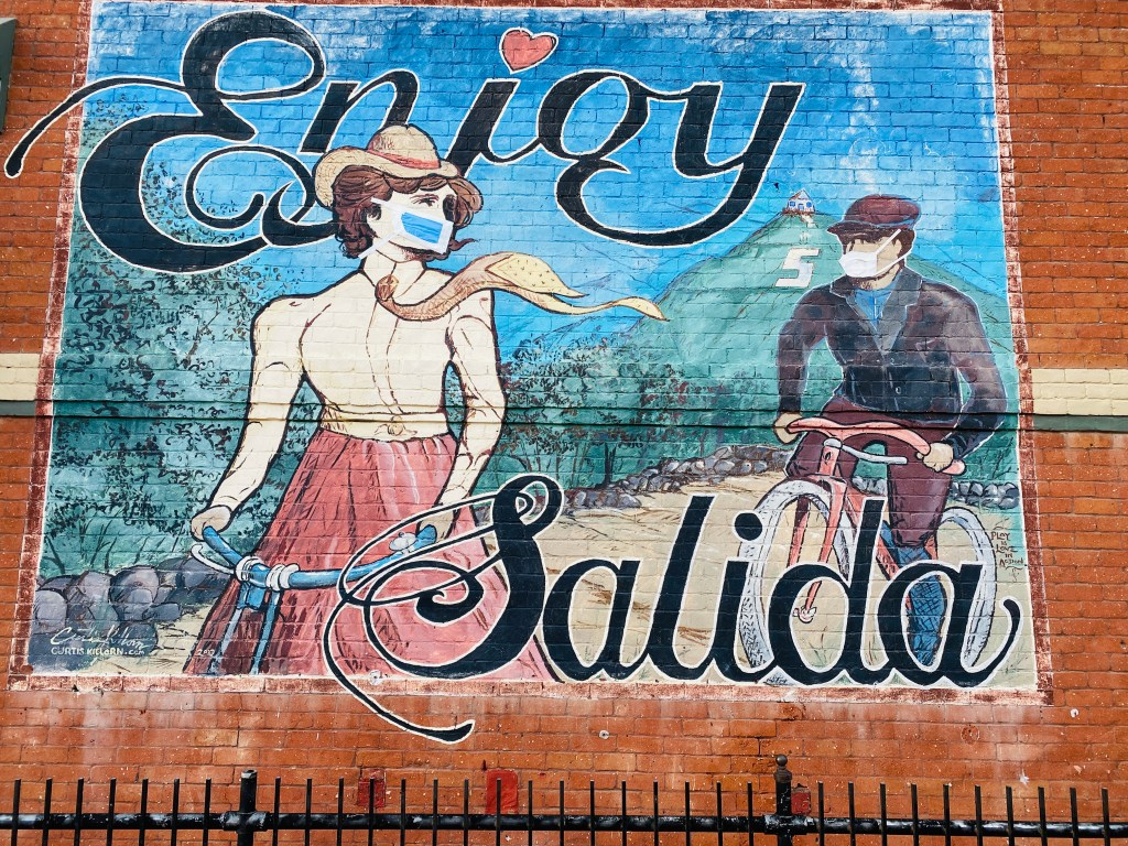 Salida wall art