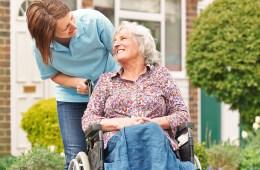 rolstoel-kleding-aankleden-tips