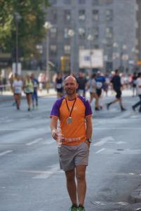 ErikRuns4KiKa - Erik Simons wandelt terug naar zijn Runforkikamarathon Berlijn