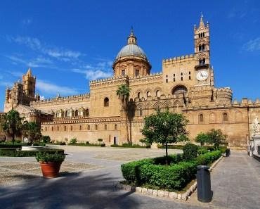 italia building palace