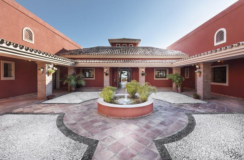 Dakterras Met Jacuzzi : Persoons villa met privé jacuzzi op het dakterras luxe op een