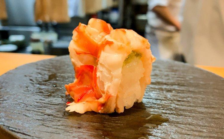 車海老の握り - まさる 大阪 鮨