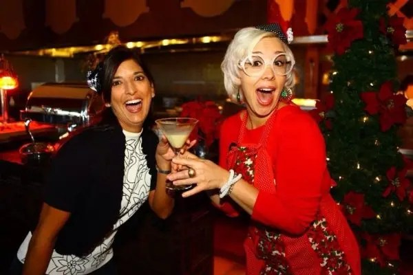 Retro Holiday Party Easy Entertaining recipes with Emily Ellyn and www.goepicurista.com