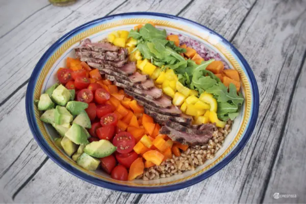 Steak & Farro Rainbow Salad #SundaySupper with GoEpicurista.com