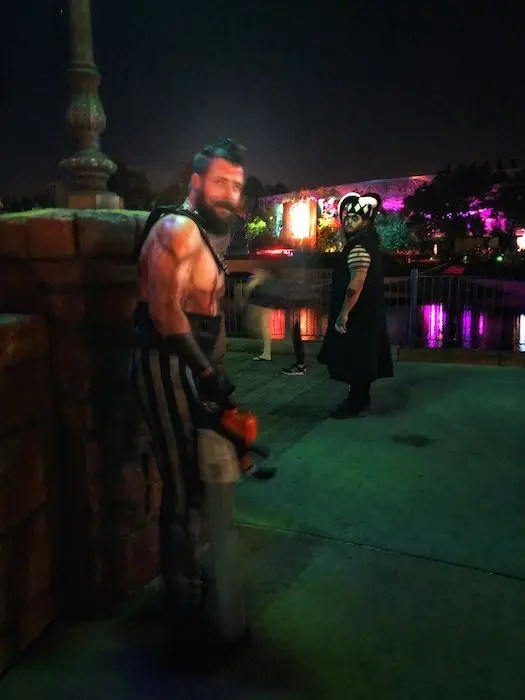Epic Guide to Universal Studios Florida Halloween Horror Nights Must Eat, Drink, See and Do