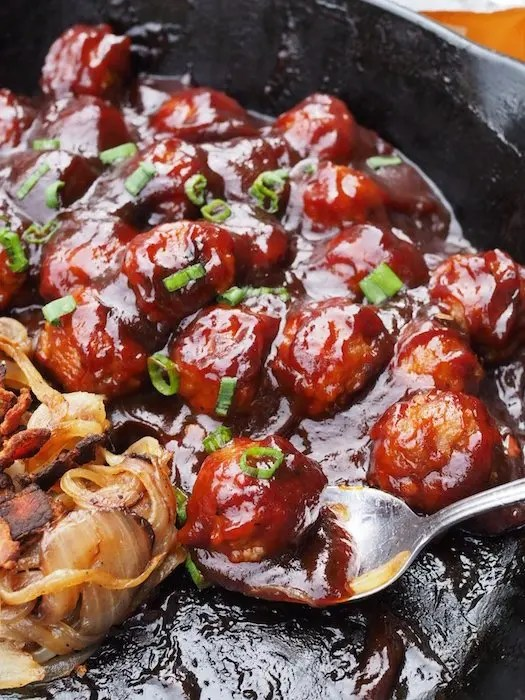 Southern BBQ Meatball Sliders Recipe using sweet & spicy BBQ Sauce by GoEpicurista.com