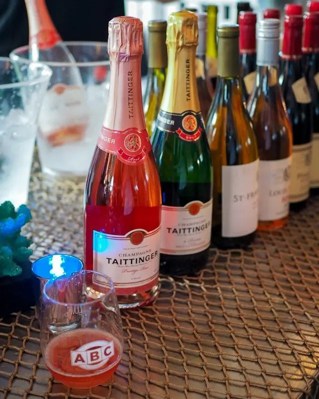 Photo recap why every Foodie Loves Cows N Cabs Event in Orlando. Including Champagne Taiittinger
