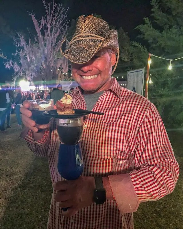Photo recap why every Foodie Loves Cows N Cabs Event in Orlando.