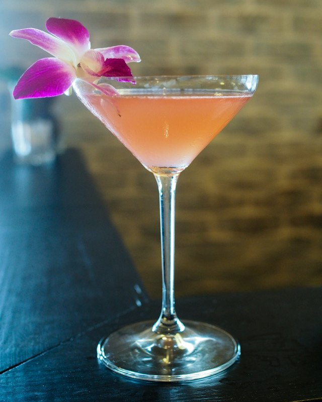 The Craft Cocktails is one of 9 Reasons to visit Dexter's New Standard in Winter Park and the Must Eat Dishes you don't want to miss by GoEpicurista.com