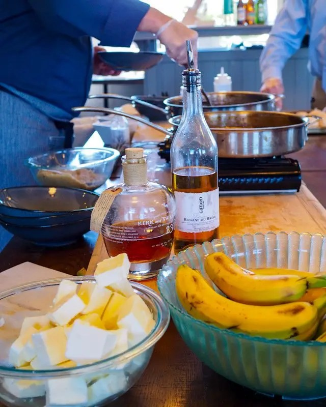 Paddlefish New Orleans Cooking Class featuring Shrimp and Sausage Stuffed Mirlitons, Crawfish and Crab Etouffee, and Bananas Fosters. Recipes for Easy Entertaining at home. Host your own Mardi Gras Party any time of year!