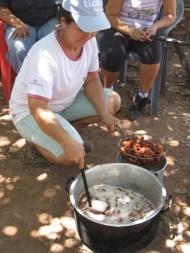 San Antonio - making chicharon